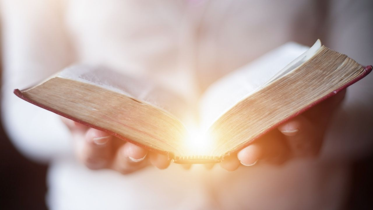 Quer ler a Bíblia no Celular? Conheça estes Aplicativos da Bíblia
